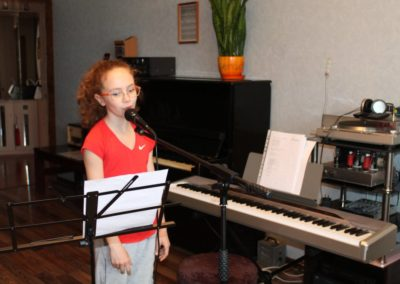 Алиса 9 лет